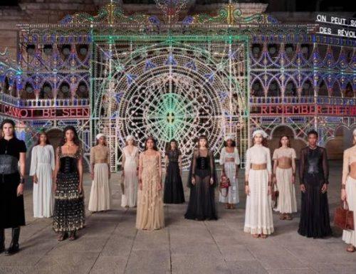 """""""Dior"""" vestirà i musicisti e il corpo di ballo dell'Orchestra popolare della Notte della taranta"""